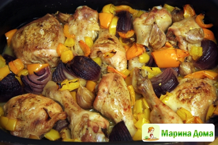 Курица с луком чесноком и перцем