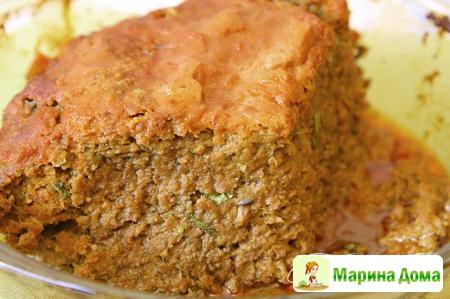 Мясной хлеб по-деревенски с острым соусом