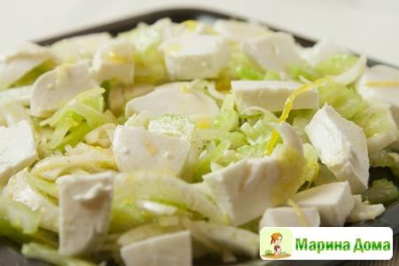 Салат из фенхеля и сельдерея