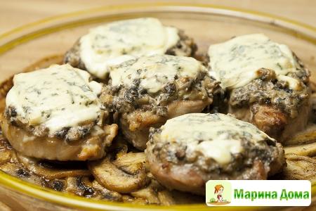 Свиная корейка  с грибами а-ля  Орлофф
