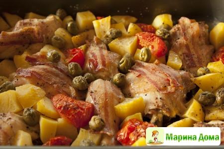 Курица с картофелем, каперсами и оливками