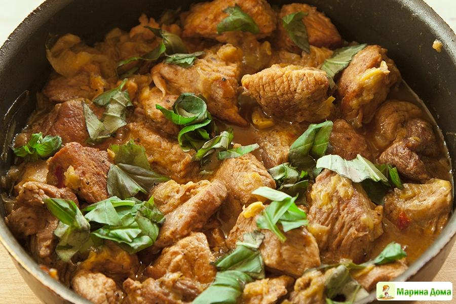 мясо жареное в сметане с луком рецепт