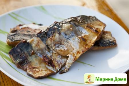 Скумбрия (макрель), жареная в мисо