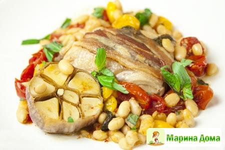 Курица в итальянском стиле с беконом, базиликом и фасолью (пошаговый рецепт ...