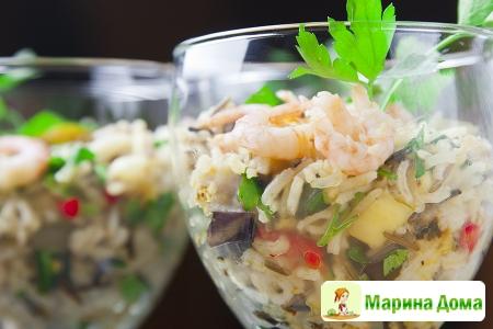 Салат из риса с овощами и креветками (пошаговый рцепт)