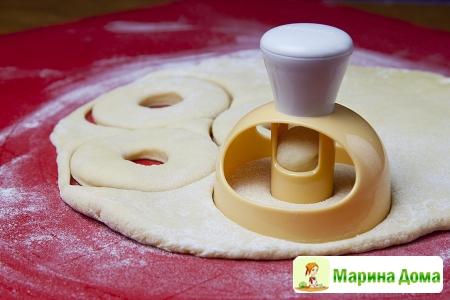 Пончики Данкин Донатс в шоколадной глазури дома