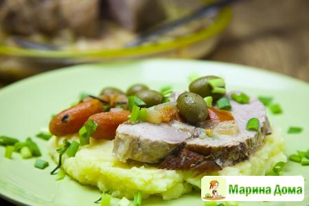 Жаркое из свинины с оливками
