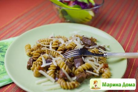 Говядина с макаронам в итальянском стиле