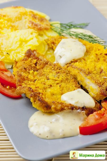 Окунь с картофельным гратеном и соусом тартар