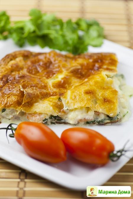 Пирог из семги (форели, горбуши)