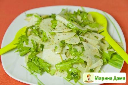 Салат из кольраби с яблоком
