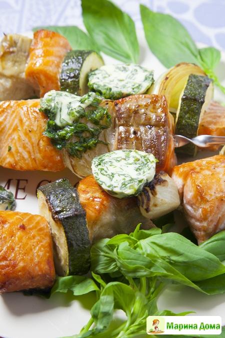 Шашлычки с семгой и базиликовым маслом. Рецепт из моей книжки