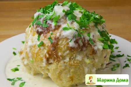 Цветная капуста с сыром и соусом из лука